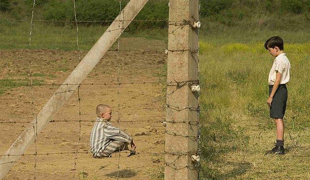 21. Çizgili Pijamalı Çocuk / The Boy in the Striped Pyjamas (2008)