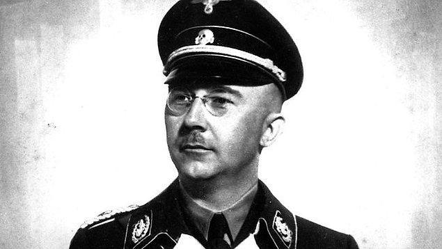 22 yaşında seve seve Nazi bünyesine katılan Himmler, nihai amaçlarına da adım adım yaklaşıyordu.