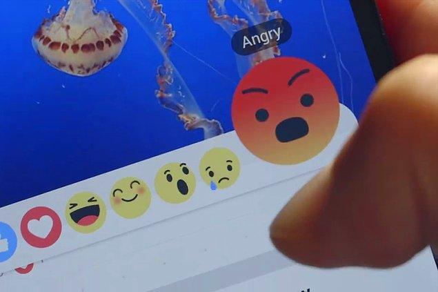 Kızgın Butonu: 😡