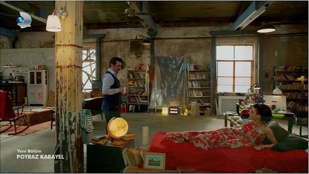 1. İşte bir Fransız filmi sahnesi. Depo gibi bir ev, şık tasarım ve dünden kalma bir çift.