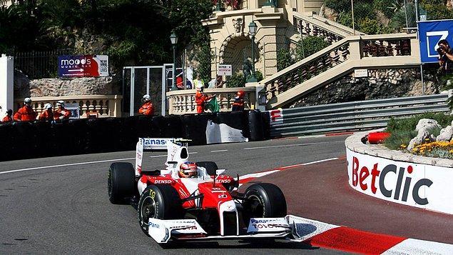 61. Monaco'da Grand Prix'i izleyin.