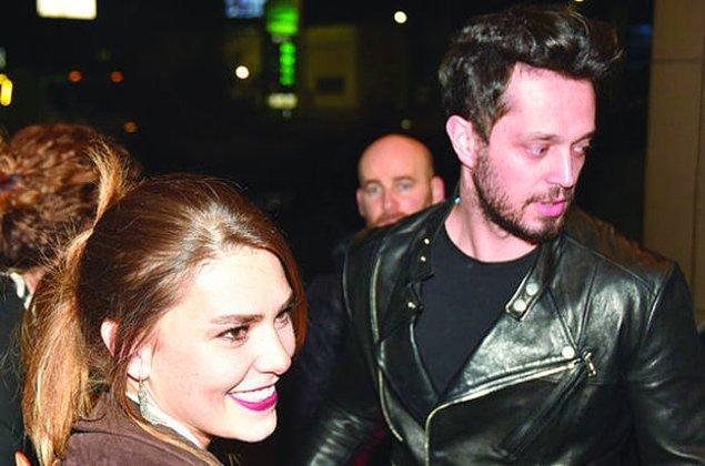 Vee son haberimiz ise herkesin bağrına bastığı, tartışmasız bu yılın en sevilen çiftlerinden Murat Boz ve Aslı Enver ilişkisinden geliyor!
