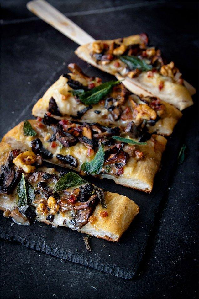 6. Mantarlı pizza severler buna bayılacak!