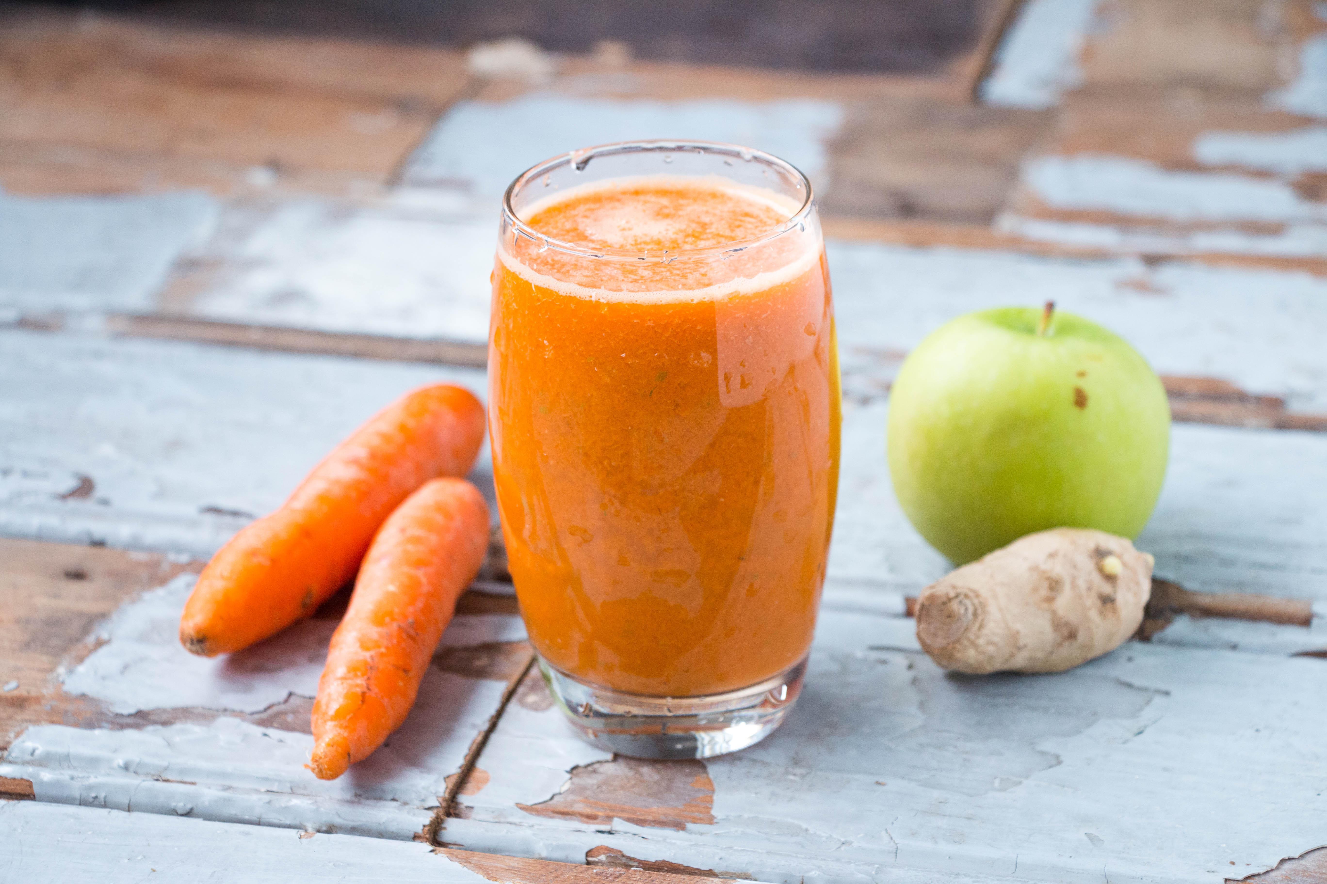 фреш из моркови и сельдерея