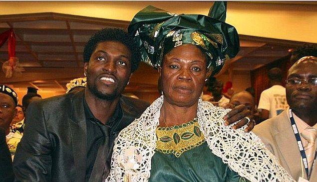 1. Ailenin gündeme gelmesine neden olan futbolcunun annesi Alice Adebayor'un yer aldığı bir haberdi.