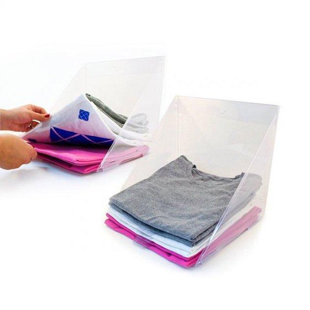 3. Dosyalıklarınızı t-shirtlerinizi dağıtmadan alabileceğiniz raflara çevirebilirsiniz.