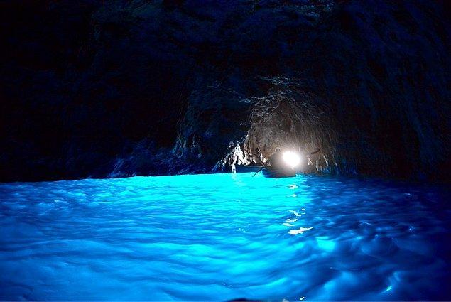 12. Daha sonra ise 1826'da mağara yeniden keşfedilmiş.