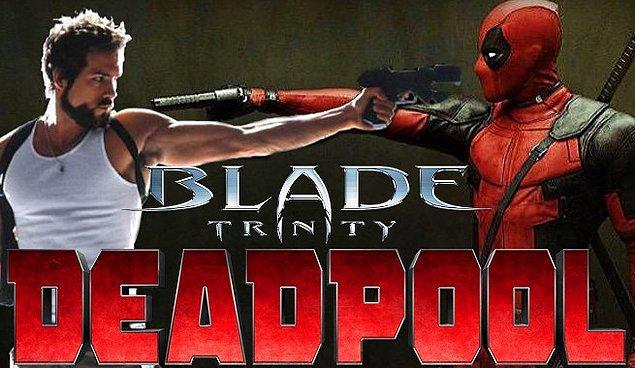 8. Ryan Reynolds başarısız rollerine kafayı takmış, Blade'e de hafiften bir göndermede bulundu.