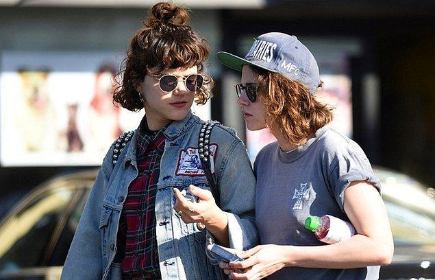 Paris seyahatinden sonra Kristen'a hava alanına kadar eşlik etti.