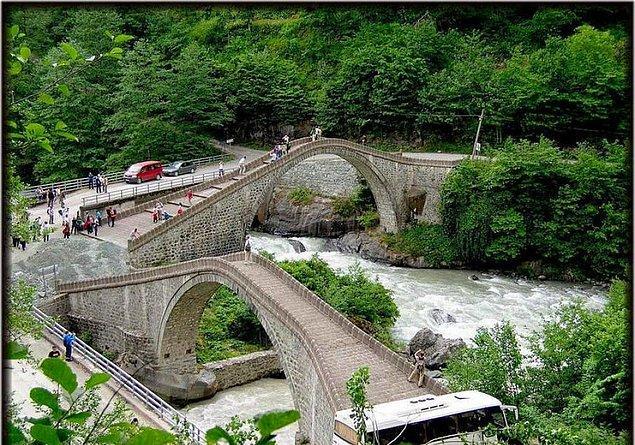 12. Çifte Köprü