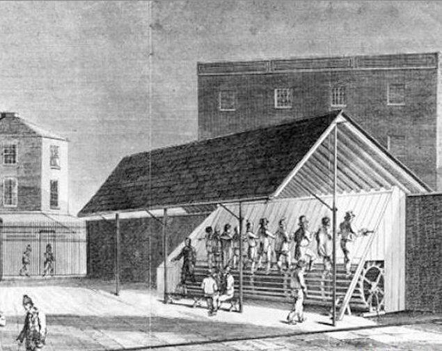 12. Değirmenler, 1818'de İngiliz mahkumları cezalandırmak için icat edildi.