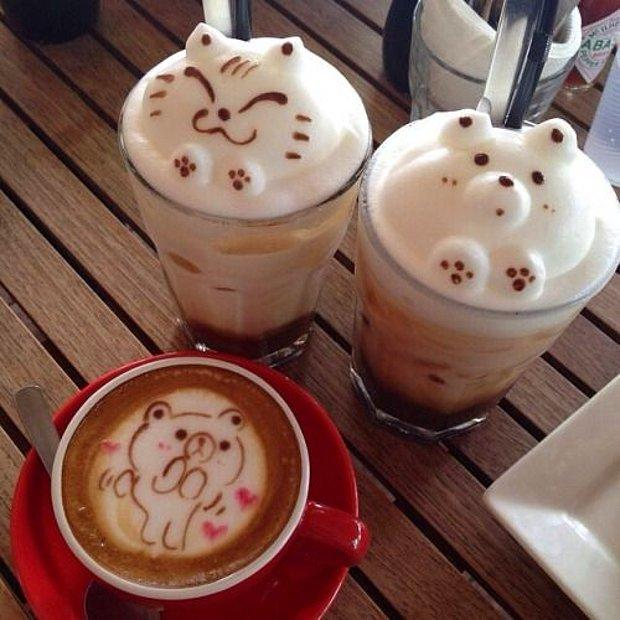Süslü bir latte alırım!
