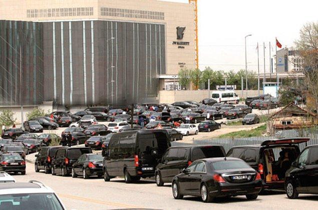 5 yıldızlı otel kapatıldı, 500 lüks araç kiralandı