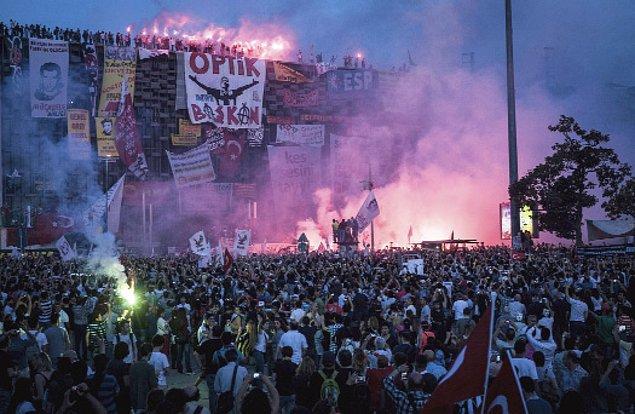 14. Beşiktaşlıların büyük bir merakla beklediği stat, bu akşam taraftarlarla buluşacak.