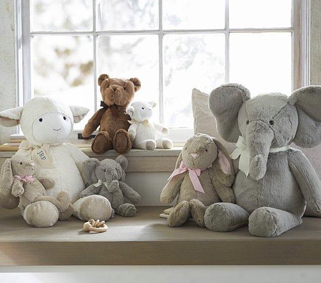 8. Sarılıp uyudukları yumuş yumuş oyuncaklarını saymazsak olmaz tabi.