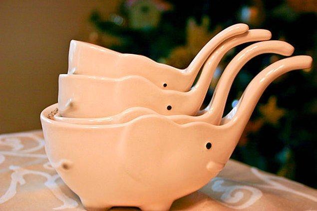 13. Mutfağa güzellik katan bu porselen kaseler