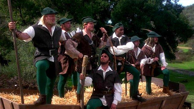 16. Brotherhood without Banners: Robin Hood ve Merry Men