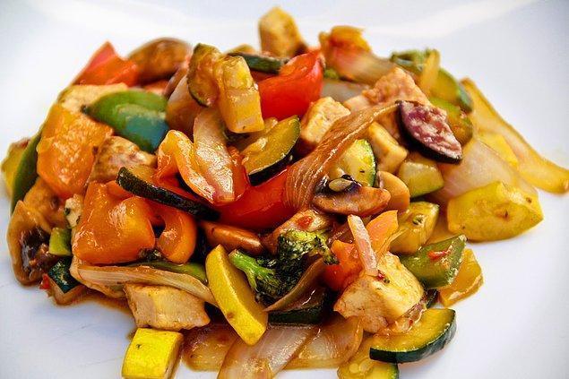 9. Sebzeli Tofu