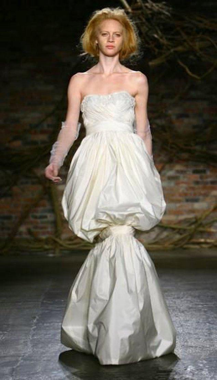 15 Ужасни сватбени рокли, които ще изплашат не само младоженеца, но и Вас! 55