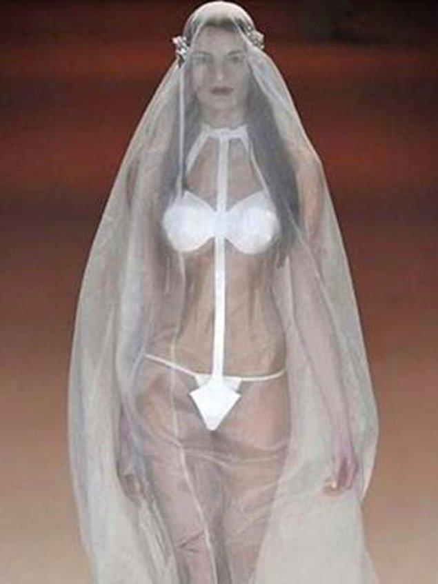 15 Ужасни сватбени рокли, които ще изплашат не само младоженеца, но и Вас! 57
