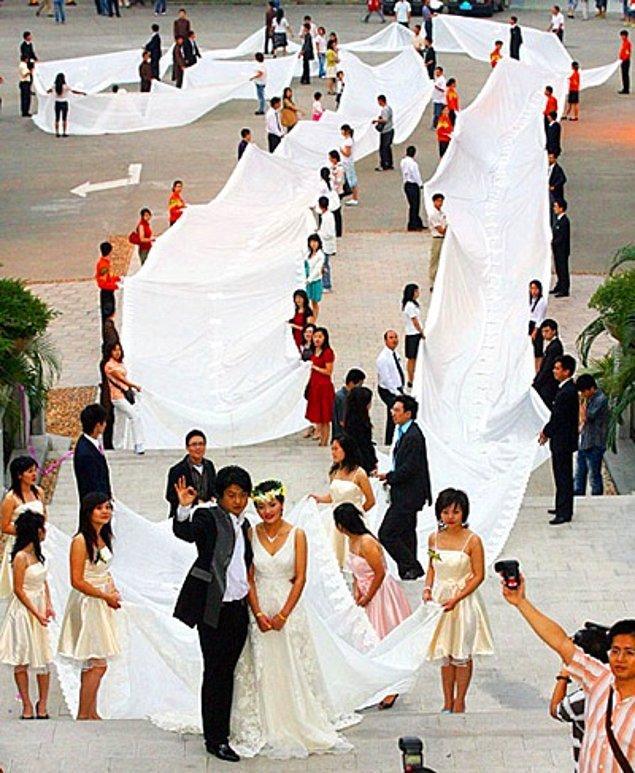 15 Ужасни сватбени рокли, които ще изплашат не само младоженеца, но и Вас! 58