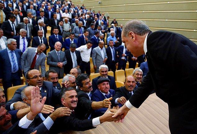 Cumhurbaşkanı Erdoğan'ın muhtar ilgisi