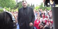 Watch This Whole Neighborhood Dancing For A Wedding Proposal