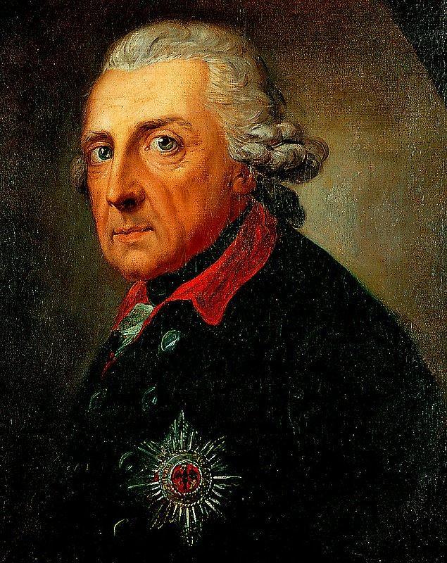 Adını 1740-1786 yılları arasında yaşayan Prusya Kralı Frederik'ten almış.