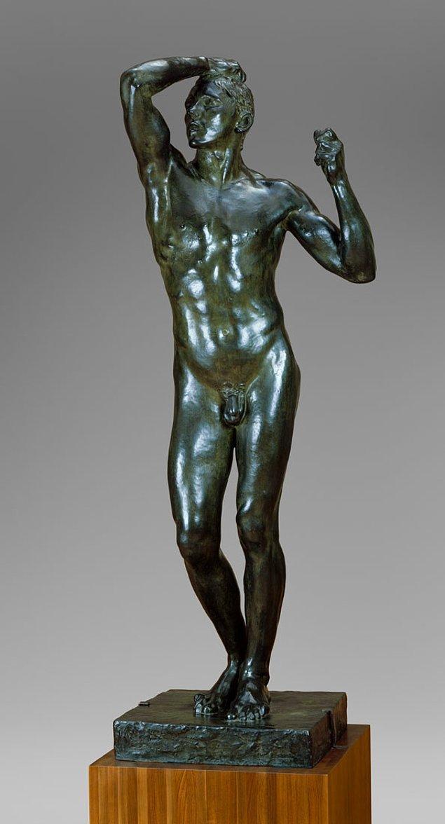 """15. Auguste Rodin'in """"The Age of Bronze"""" (Bronz Çağı) isimli çalışması o kadar gerçekçi bulunmuştu ki, bazı insanlar eser için gerçek bir insanın kurban edildiği görüşüne inanmaya başlamışlardı."""