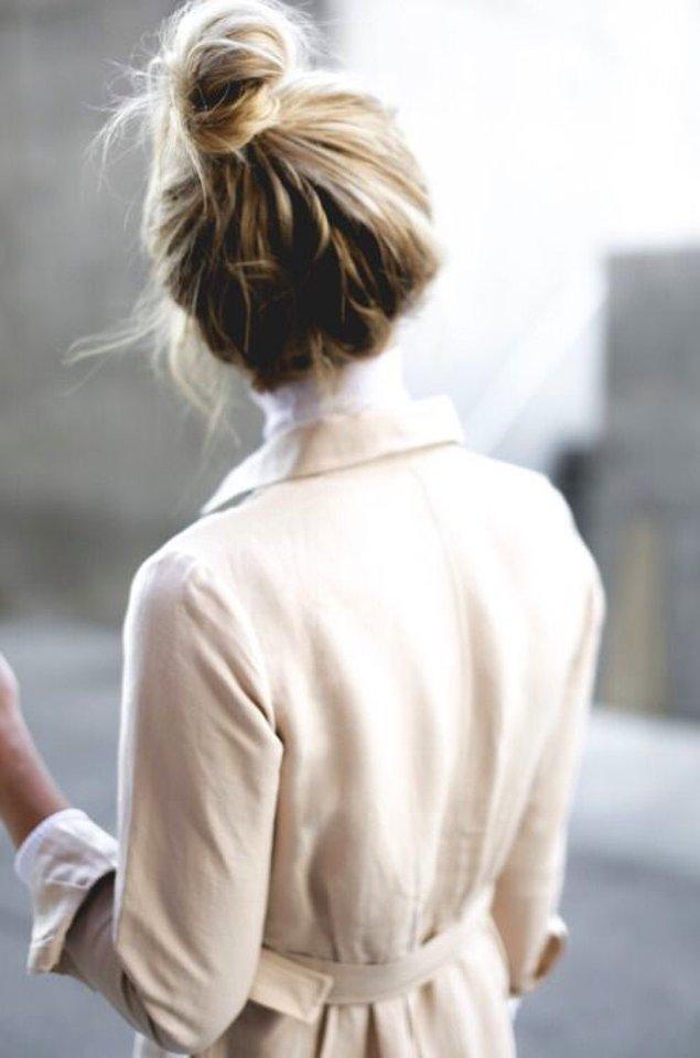 Dalgalı, düz veya kıvırcık saç fark etmeksizin yapımı oldukça kolay olan bu saç modeline pek çok kadın bir dönem gönlünü kaptırdı.