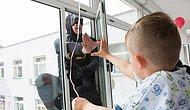 Албанская полиция посетила детскую больницу в костюмах супергероев