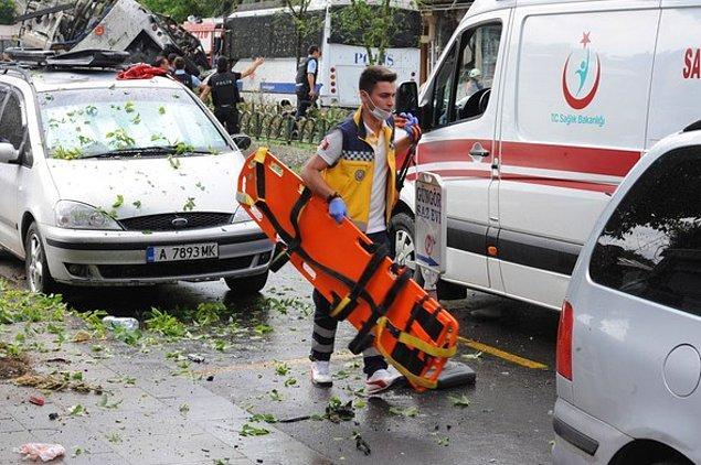 Bölgede ikinci saldırı şüphesiyle ise kontrollü patlama gerçekleştirildi