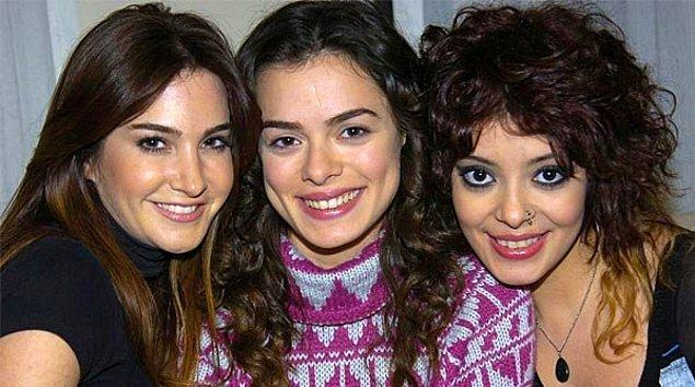 2008 ile 2010 arası Özge Özpirinçci ve Rojda Demirer'le çok iyi uyum yakaladığı ikinci dizisi Melekler Korusun'daki Özgür rolüyle herkesin beğenisi topladı.
