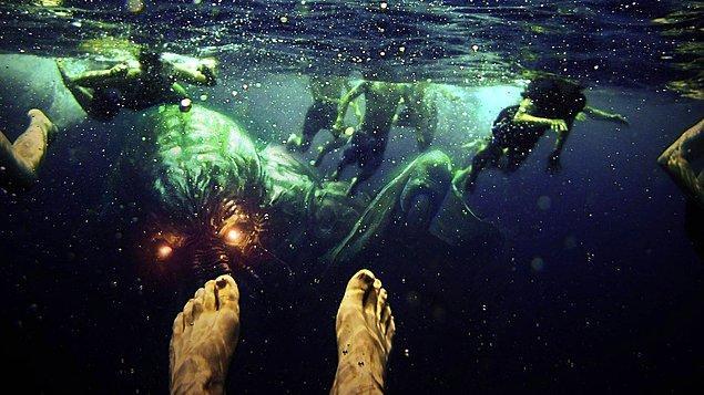 Dolayısıyla bırakın denizde olmayı, denizde olma fikri, hatta deniz ve denizin altındaki canlıların fotoğrafları bile korkmaları için yeterli olabiliyor.