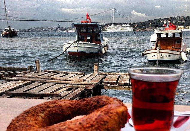 1. Çengelköy Tarihi Çınaraltı Aile Çay Bahçesi