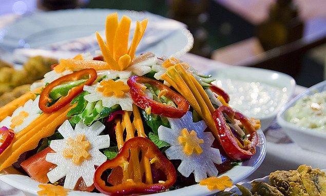 Amasra'nın yöresel lezzeti Amasra Salatası illa ki denenmeli…