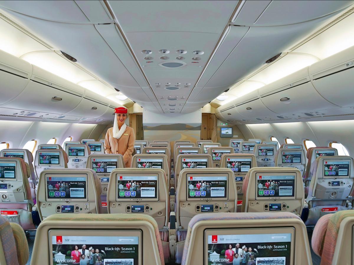 Emirates A380 Hub без смс