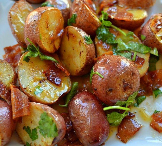 5. Ilık Ilık Patates Salatası Tarifi