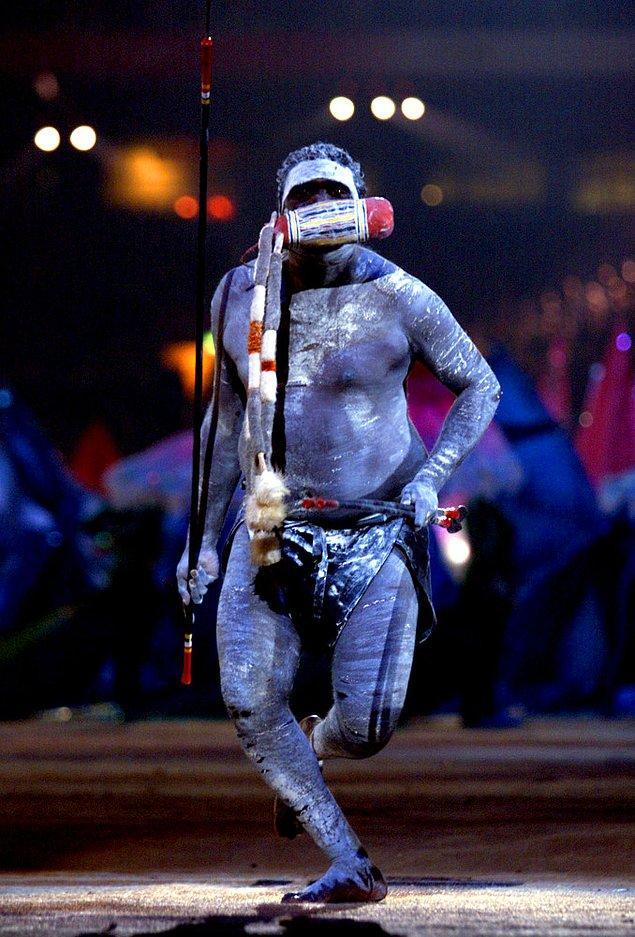 18. Sidney 2000'deki onlarca çılgından biri de bu görüntüdeki beyefendiydi.