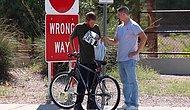 Ютубер дарит бездомным совершенно новые велосипеды