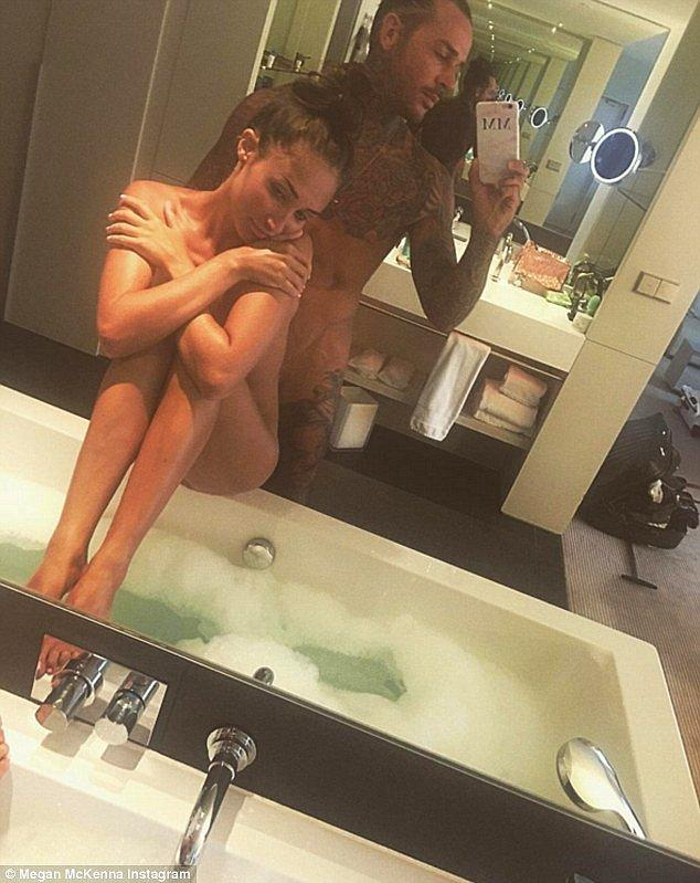 Naked Instagram Post Of This Celeb Couple Breaks The Internet Onedio Co