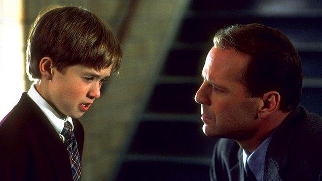 6. The Sixth Sense / Altıncı His