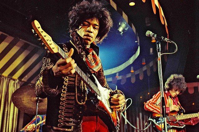 Jimi Hendrix, Cobain, Tupac gibi sanatçılar görüşleri nedeniyle istihbaratın hedefi haline gelmiş olabilir