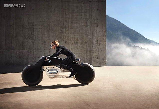 Şimdiden motosiklet tutkunlarını heyecanlandıran modelin 2021 yılında satışa sunulması planlanıyor.