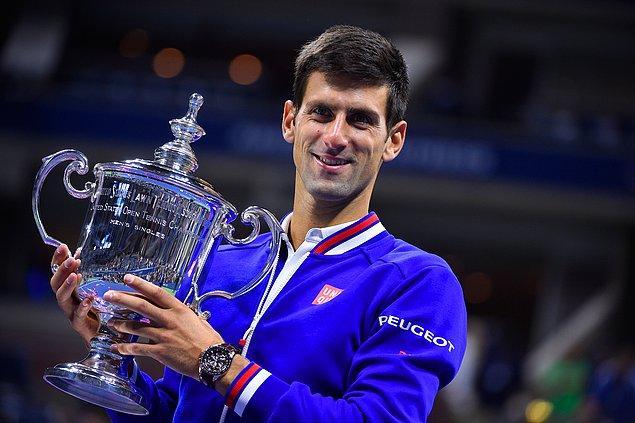 Bir sezonda 21,646 milyon dolar Djokovic bu alanda listeye girebildi