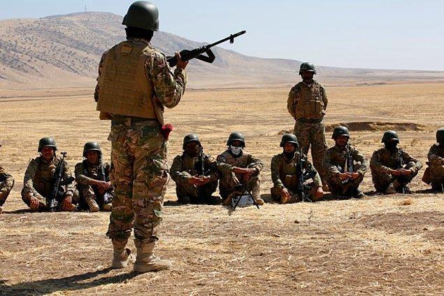 Haberde Türkiye'nin eğitttiği savaşçılardan oluşan gücün, önceki gün 'Ninova Muhafızları'olarak ismini değiştirdiği bilgisine yer veriliyor.