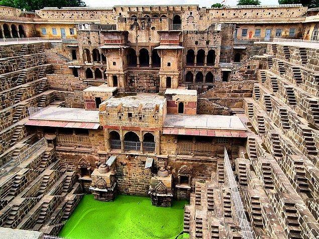 8. Chand Baori - Hindistan