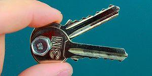 4 Practical Ideas To Recycle Your Old Unnecessary Keys