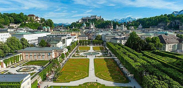 15. Avusturya
