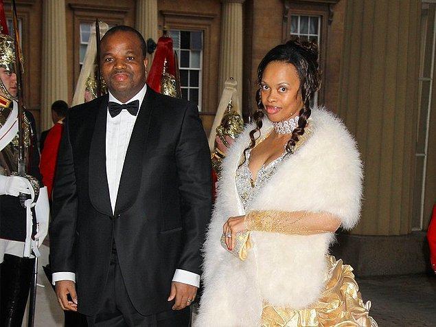 10. Svaziland Kralı III.Mswati'nin 15 eşinin arasındaki kıdemli eşi İnkhosikati LaMbikiza
